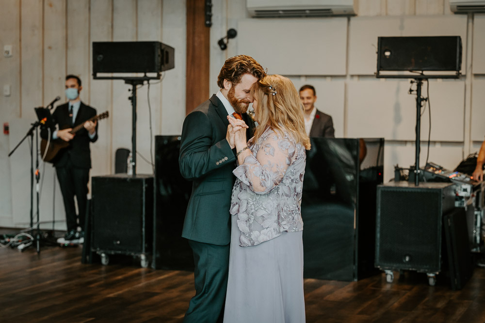 Groom and mom's dance at red maple vineyard wedding